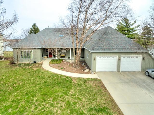 1208 Ironwood Cc Drive, Normal, IL 61761 (MLS #10263716) :: Janet Jurich Realty Group