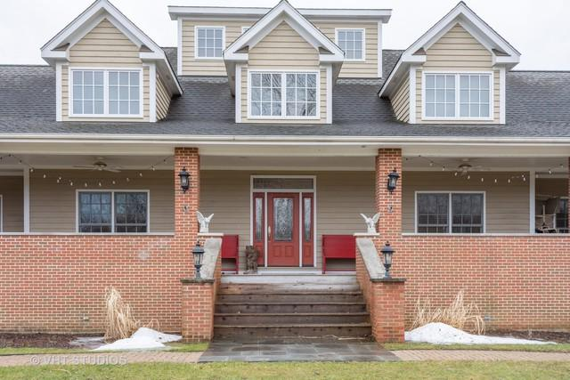 353 N St Marys Road, Libertyville, IL 60048 (MLS #10269871) :: Helen Oliveri Real Estate