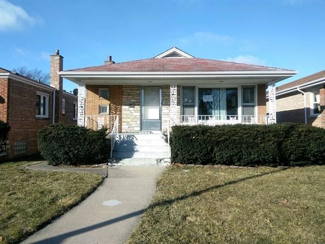 12330 S Throop Street, Calumet Park, IL 60827 (MLS #10274440) :: Baz Realty Network | Keller Williams Preferred Realty