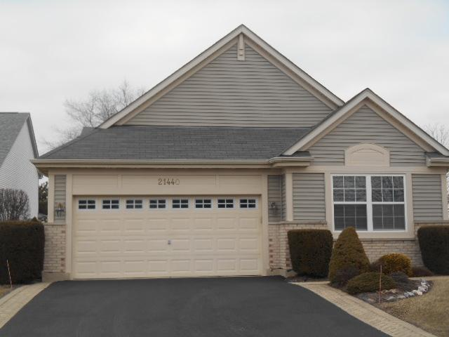 21440 W Larch Drive, Plainfield, IL 60544 (MLS #10274819) :: Baz Realty Network | Keller Williams Preferred Realty