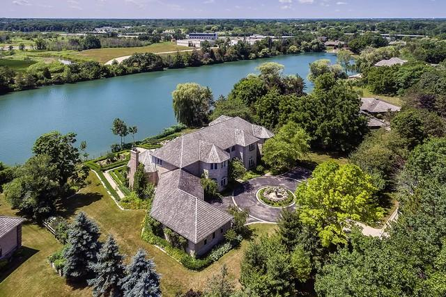 13675 Lucky Lake Drive, Lake Forest, IL 60045 (MLS #10275618) :: The Spaniak Team