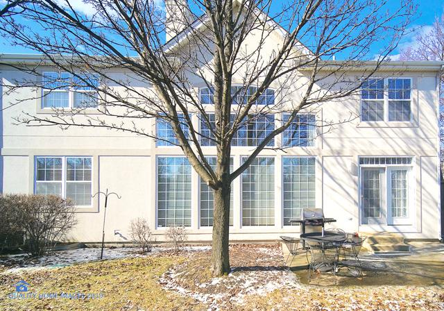 2561 Joshua Lane, Northbrook, IL 60062 (MLS #10277416) :: The Spaniak Team