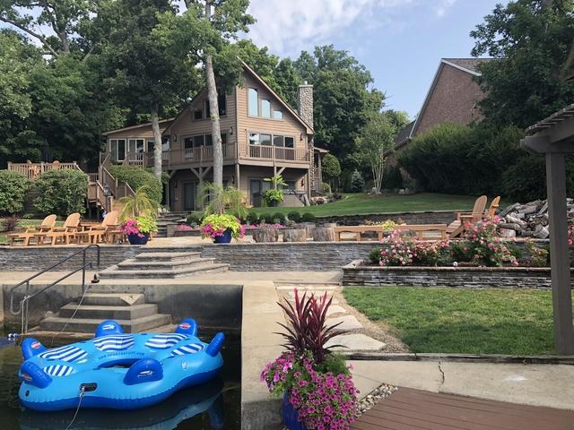 25338 Arrowhead Lane, Hudson, IL 61748 (MLS #10278046) :: Janet Jurich Realty Group