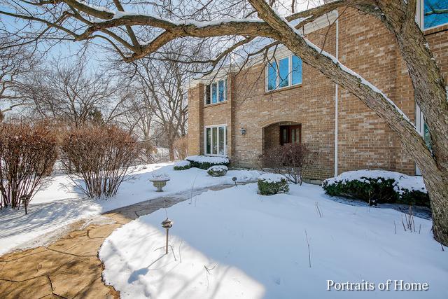 28W580 Lorraine Drive, Winfield, IL 60190 (MLS #10278246) :: Helen Oliveri Real Estate