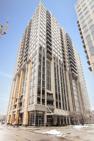 700 N Larrabee Street #209, Chicago, IL 60654 (MLS #10278378) :: Property Consultants Realty