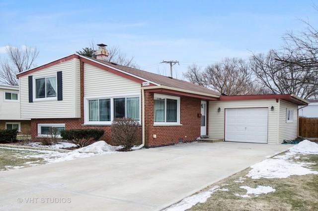 7549 Wilson Terrace, Morton Grove, IL 60053 (MLS #10281512) :: HomesForSale123.com