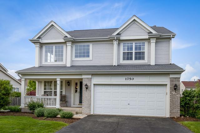 1750 Newbridge Circle, Elgin, IL 60123 (MLS #10302476) :: Helen Oliveri Real Estate