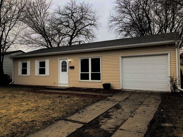 324 Fairfax Avenue, Romeoville, IL 60446 (MLS #10303108) :: Baz Realty Network | Keller Williams Preferred Realty