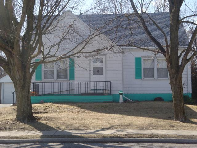 430 N Second Street, Cissna Park, IL 60924 (MLS #10308287) :: Ryan Dallas Real Estate