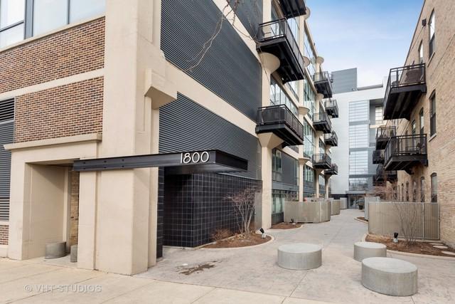 1800 W Grace Street #105, Chicago, IL 60613 (MLS #10309349) :: HomesForSale123.com