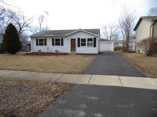147 Creekside Drive, Bolingbrook, IL 60440 (MLS #10310065) :: Helen Oliveri Real Estate
