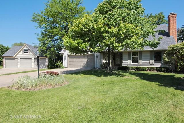 31649 N Rein Court, Libertyville, IL 60048 (MLS #10311343) :: Helen Oliveri Real Estate