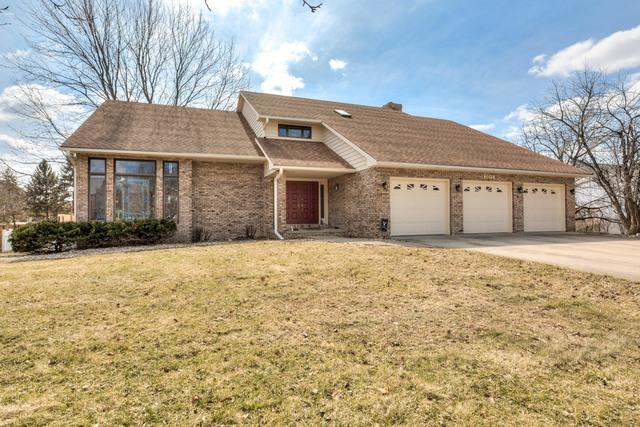 3011 Thornwood Lane, Bloomington, IL 61704 (MLS #10313303) :: BNRealty