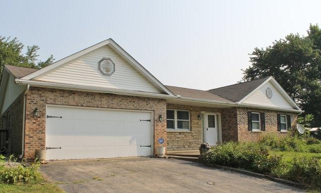4916 E Crystal Lake Avenue, Crystal Lake, IL 60014 (MLS #10313829) :: Berkshire Hathaway HomeServices Snyder Real Estate