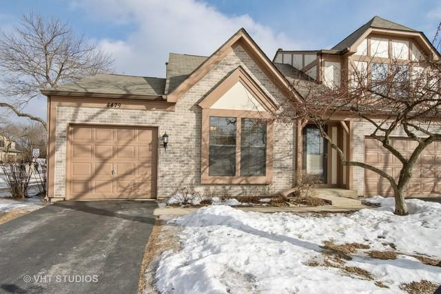 4479 Olmstead Drive, Hoffman Estates, IL 60192 (MLS #10315279) :: The Dena Furlow Team - Keller Williams Realty