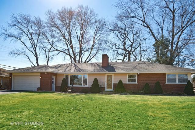 5 E Stonegate Drive E, Prospect Heights, IL 60070 (MLS #10315428) :: The Dena Furlow Team - Keller Williams Realty