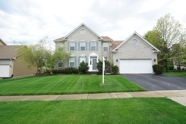 2070 Morningview Drive, Hoffman Estates, IL 60192 (MLS #10316102) :: Angela Walker Homes Real Estate Group