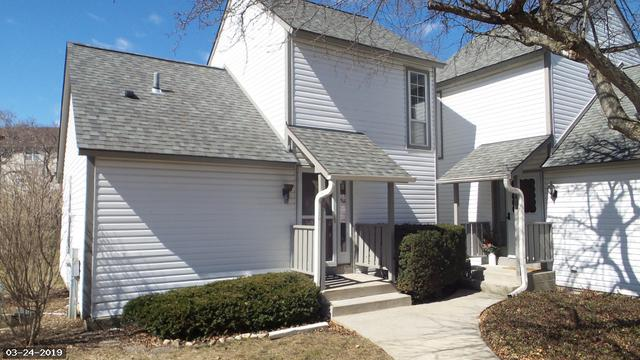 938 Chase Court, Gurnee, IL 60031 (MLS #10316564) :: Janet Jurich Realty Group