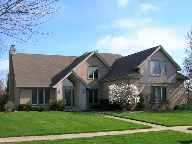 10500 Williams Way, Mokena, IL 60448 (MLS #10318535) :: Century 21 Affiliated