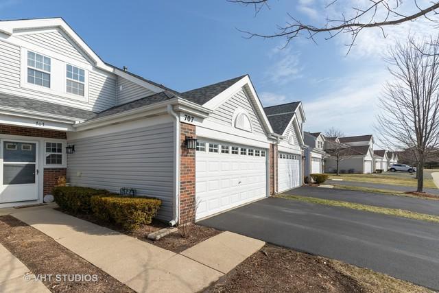 707 Baxter Court, Lake Villa, IL 60046 (MLS #10324454) :: Helen Oliveri Real Estate