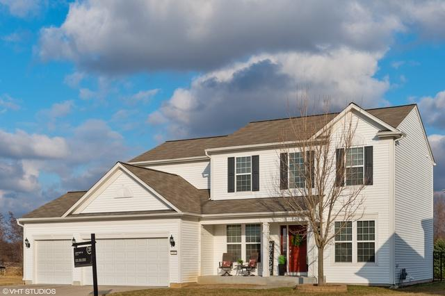 2262 Emerald Lane, Yorkville, IL 60560 (MLS #10330358) :: Helen Oliveri Real Estate