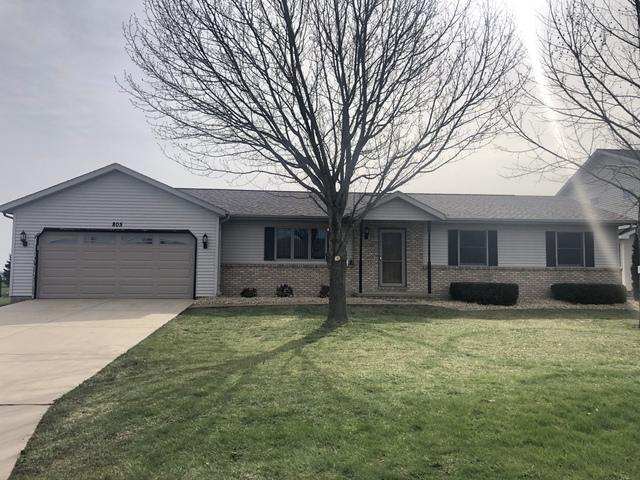 805 Platt Way, Hudson, IL 61748 (MLS #10334803) :: Berkshire Hathaway HomeServices Snyder Real Estate