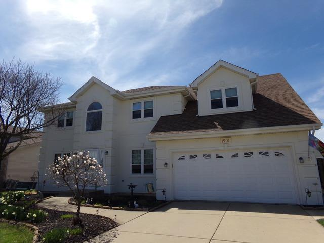 1901 Pebble Beach Drive, Plainfield, IL 60586 (MLS #10334908) :: Janet Jurich Realty Group