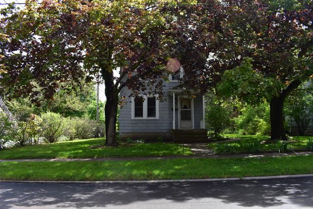 989 Victoria Street - Photo 1