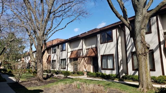 1734 Henley Street #12, Glenview, IL 60025 (MLS #10339194) :: Janet Jurich Realty Group