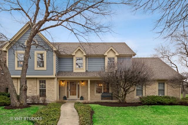 345 Oakwood Court, Wheaton, IL 60189 (MLS #10339894) :: Helen Oliveri Real Estate