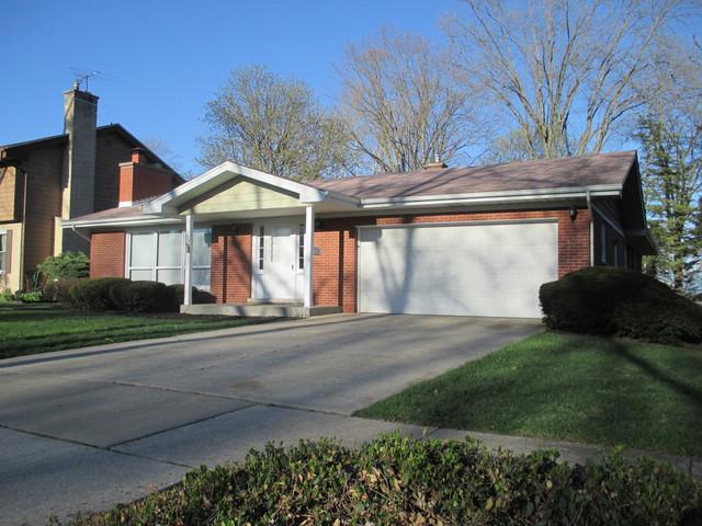 755 Ash Street, Flossmoor, IL 60422 (MLS #10341446) :: Leigh Marcus | @properties
