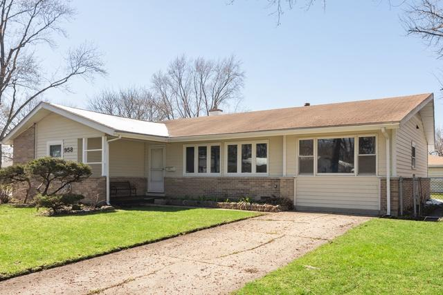 958 Carswell Avenue, Elk Grove Village, IL 60007 (MLS #10342773) :: Helen Oliveri Real Estate