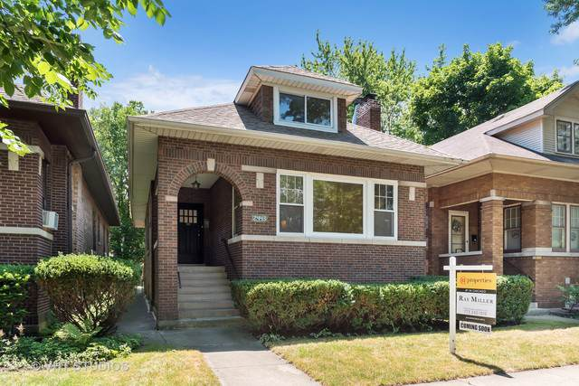 2443 W Morse Avenue, Chicago, IL 60645 (MLS #10345044) :: Berkshire Hathaway HomeServices Snyder Real Estate