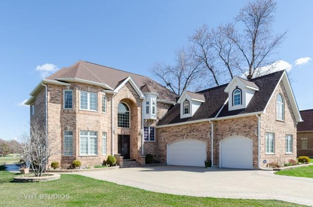 4170 Cardinal Court, Northbrook, IL 60062 (MLS #10345338) :: Domain Realty