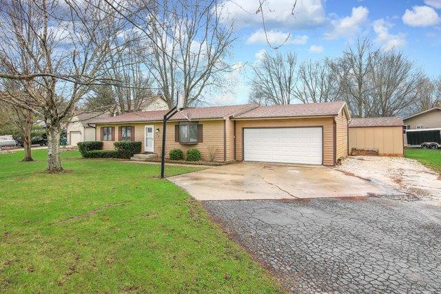 324 Mary Ann Drive, Lake Holiday, IL 60552 (MLS #10347380) :: Helen Oliveri Real Estate