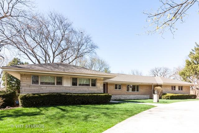 402 Warren Terrace, Hinsdale, IL 60521 (MLS #10347680) :: Helen Oliveri Real Estate