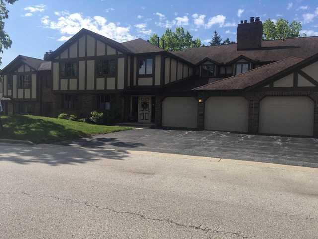 7851 W Golf Drive 2B, Palos Heights, IL 60463 (MLS #10348007) :: Berkshire Hathaway HomeServices Snyder Real Estate