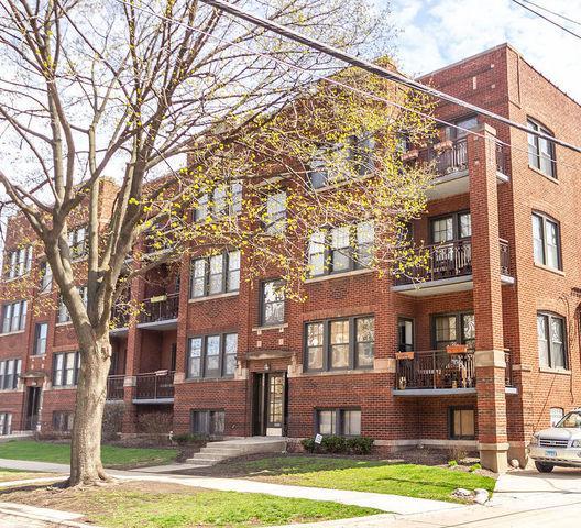 924 Wesley Avenue #1, Oak Park, IL 60304 (MLS #10348585) :: Angela Walker Homes Real Estate Group