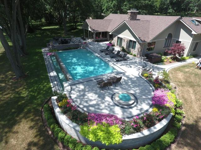 1737 Heather Drive, Algonquin, IL 60102 (MLS #10348942) :: Leigh Marcus | @properties