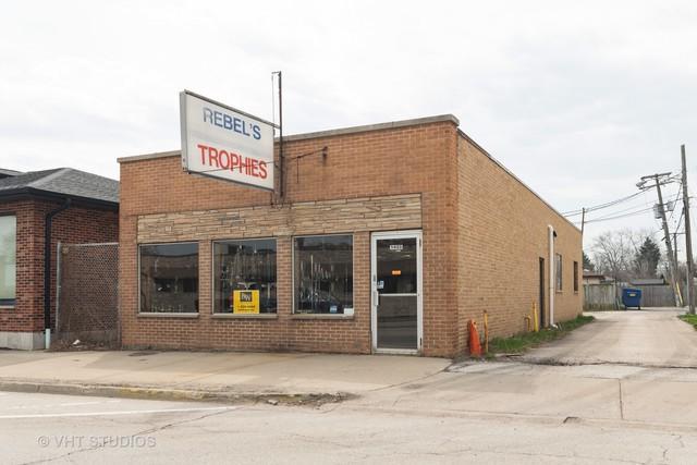 1433 Oakton Street, Des Plaines, IL 60018 (MLS #10349258) :: Domain Realty