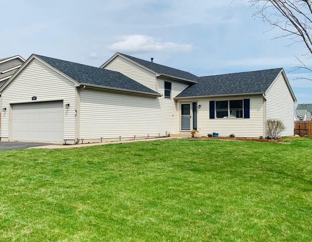 1261 Wood Drive, Woodstock, IL 60098 (MLS #10350175) :: Helen Oliveri Real Estate