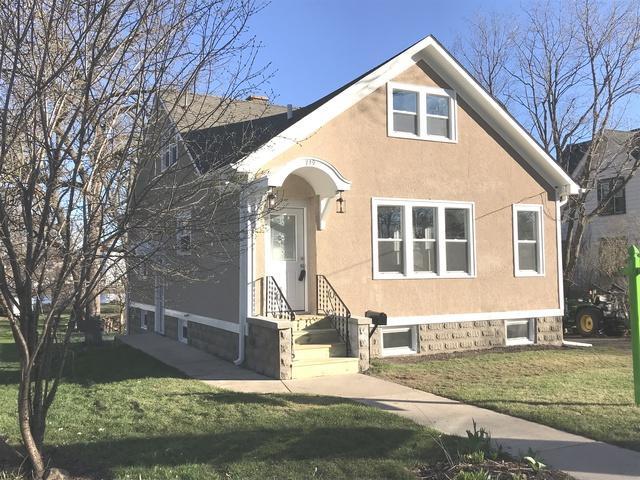 719 E Lincoln Avenue, Belvidere, IL 61008 (MLS #10350326) :: Leigh Marcus | @properties