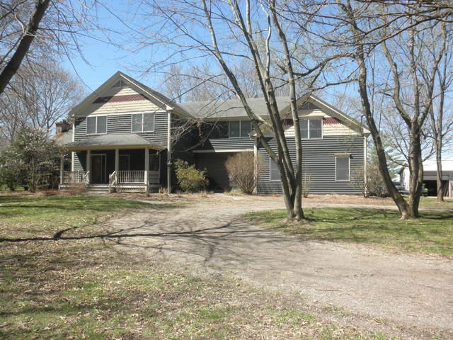 2025 Louise Street, Crystal Lake, IL 60014 (MLS #10350539) :: Janet Jurich Realty Group