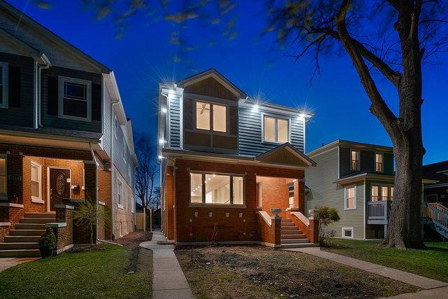 1221 N Taylor Avenue, Oak Park, IL 60302 (MLS #10350652) :: Century 21 Affiliated
