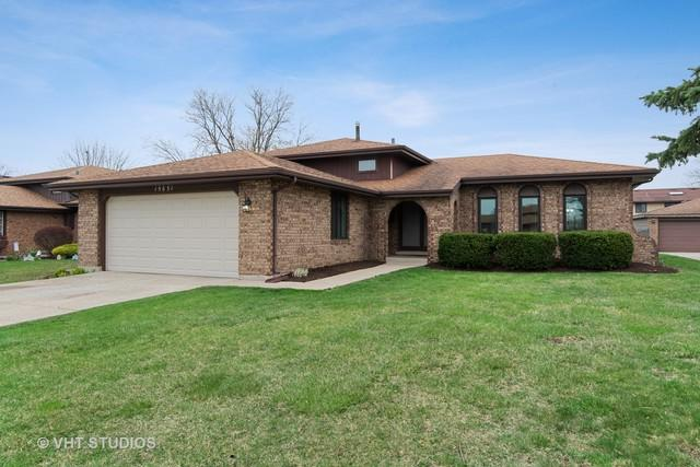 15631 Lockwood Avenue, Oak Forest, IL 60452 (MLS #10350753) :: The Wexler Group at Keller Williams Preferred Realty