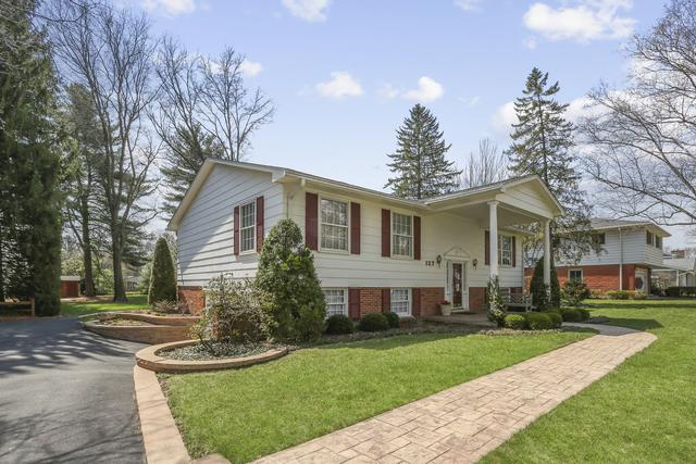 26W127 Blackhawk Drive, Wheaton, IL 60189 (MLS #10351640) :: Helen Oliveri Real Estate