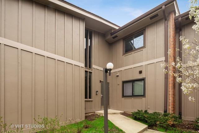 2S436 Emerald Green Drive H, Warrenville, IL 60555 (MLS #10355066) :: Leigh Marcus | @properties