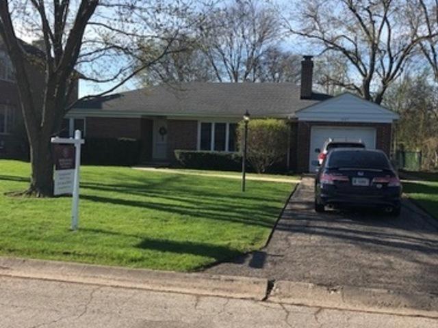 1887 Fenton Lane, Park Ridge, IL 60068 (MLS #10355303) :: Helen Oliveri Real Estate
