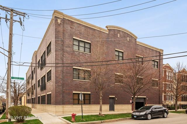 2310 W Nelson Street #204, Chicago, IL 60618 (MLS #10356664) :: Helen Oliveri Real Estate