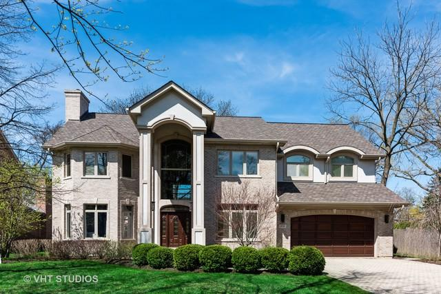 906 Queens Lane, Glenview, IL 60025 (MLS #10357662) :: Berkshire Hathaway HomeServices Snyder Real Estate